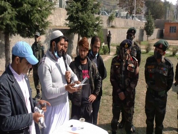 Pigeon flying competition organised by Indian Army in J-K's Baramulla